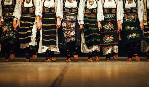 serbische folklore