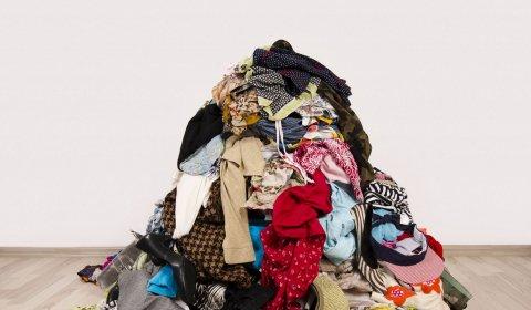 Kleiderhaufen